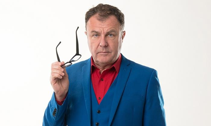Paul Ross tried 'laughter yoga' live on talkRadio this morning.