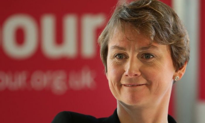 Brexit: Yvette Cooper slams the idea of Nigel Farage being a 'champion for the little guy'