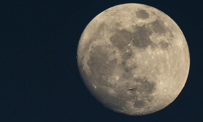 Taxi to the moon? Jon Holmes finds out how to hail that cab