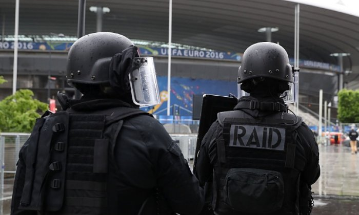 US terror warning: France need to take strong position round Euro 2016, says security expert