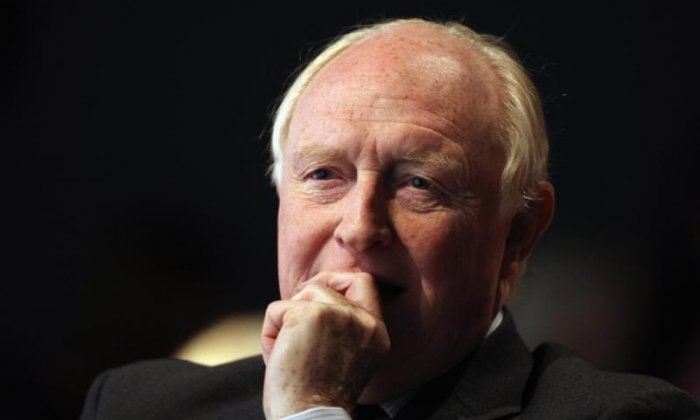 """Neil Kinnock is a windbag, whose incoherent speeches spring from an incoherent mind"""