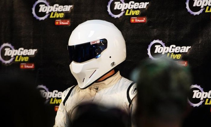 """Perry McCarthy has labelled the British Broadcasting Corporation's decision to not replace Chris Evans's role on Top Gear as """"insane""""."""