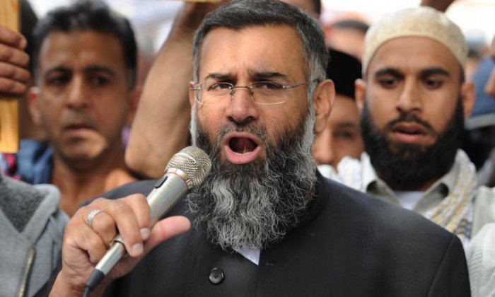 Anjem Choudary was helped inspire terror and support ISIS by rise of the Internet, says journalist Margaret Gilmore