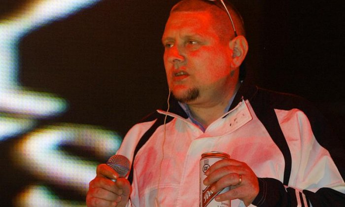 Shaun Ryder and Sam Delaney discuss posh music festivals
