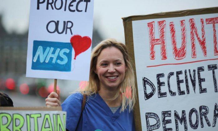 Paul Ross clashes with junior doctor over renewed strike action