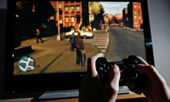 Boy in US finds a bag of meth in his new video game