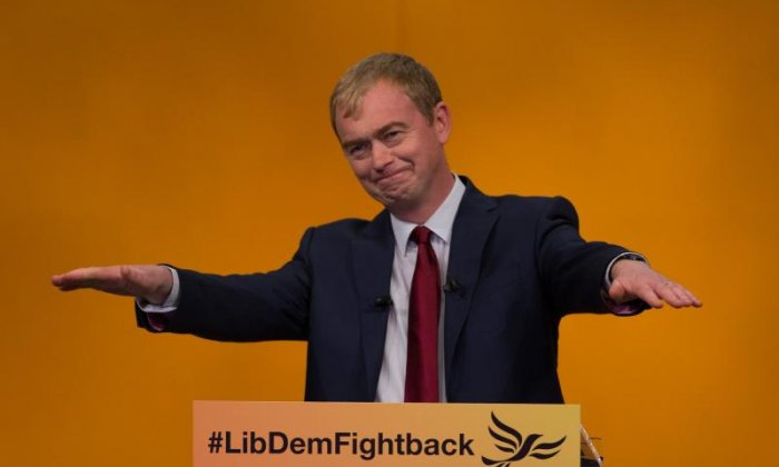 Article 50: 'Government should be held to account over EU deal', insists Liberal Democrat leader Tim Farron