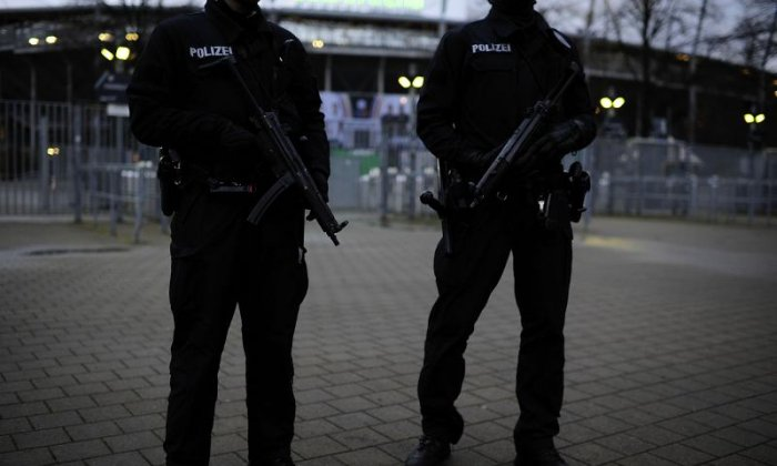 German police probe their own ranks for extremism after Reichsbürger shooting