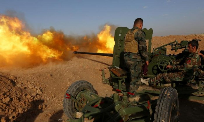 Mosul: 70 soldiers killed after suicide bomb hits Iraqi military convoy