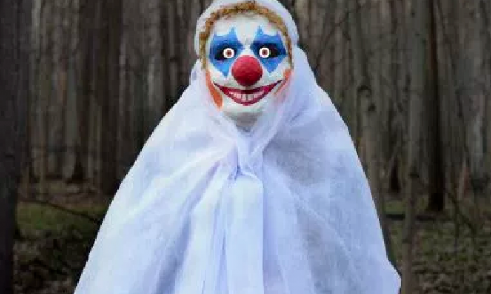 Man dressed as clown shot in New Jersey as 'clownpocalypse' fear grows