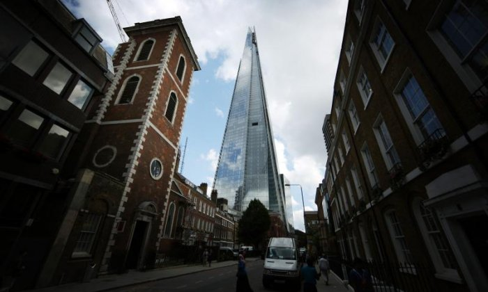 Drone in near-miss with Heathrow-bound plane above the Shard