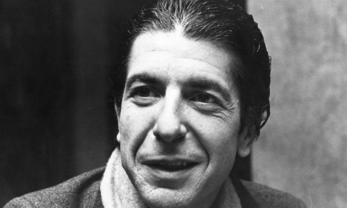 Twitter flooded with tributes for Leonard Cohen after singer passes away