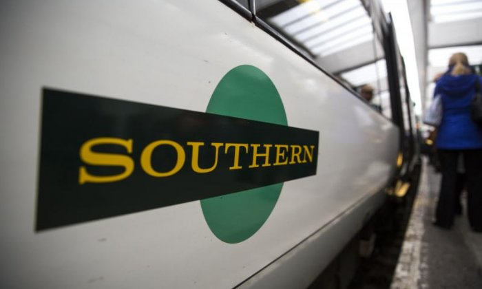 Southern Rail 'wont make any compromises' in safety row, says RMT member