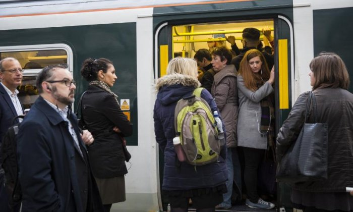 Southern Rail: Advert campaign urging customers to contact RMT 'a mistake', says rail executive