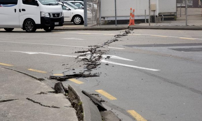 New Zealand earthquake: 'aftershocks could continue for months,' says journalist