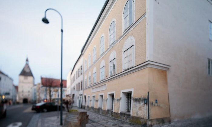 Man appears in court with pro-Nazi stickers, after wearing pro-Nazi T-shirt outside Hitler's birthplace