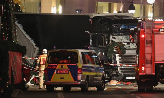"Berlin truck attack: ""This shall not change us,"" says journalist"