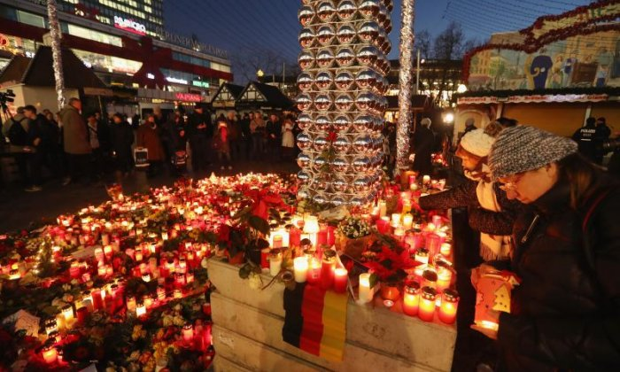 'The streets haven't emptied because of the Berlin truck attack', says journalist