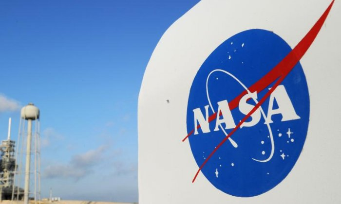 Nasa researchers enter an isolated dome in Hawaii for eight months