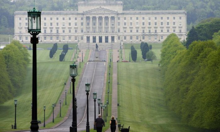 """Stormont crisis: """"Return to Westminster rule likely"""", says journalist"""