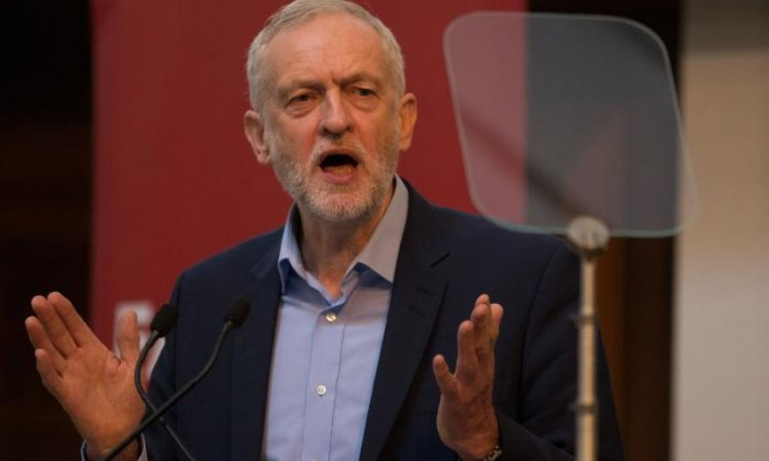 Jeremy Corbyn's shadow cabinet look set to vote against Article 50