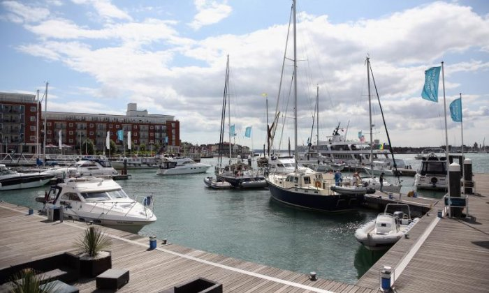 World War Two bomb found at Portsmouth Harbour