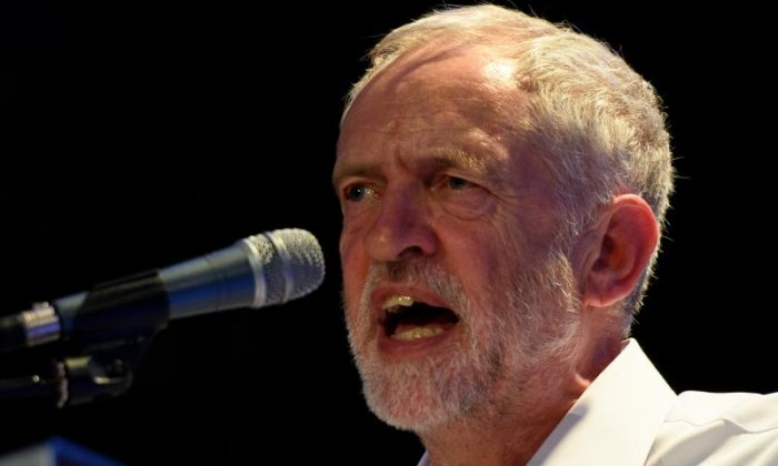 Jeremy Corbyn imposes three-line whip on Labour MPs in Brexit bill vote