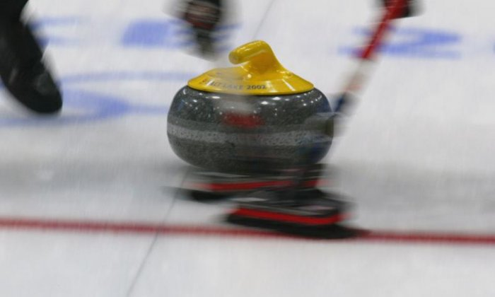 Russian tournament lets teams play curling with cars