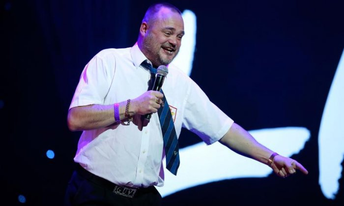 Comedian Al Murray on touring, parachuting and running in elections