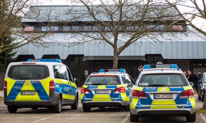 Bomb threat results in German town hall being evacuated
