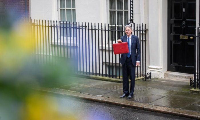 Budget 2017: 'Unlike Tammy Wynette, Theresa May isn't backing her man, she's doing a strategic withdrawal', says Peter Dowd MP