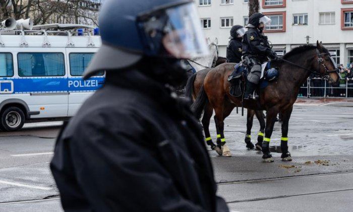 Germany to deport two terror suspects born in the country
