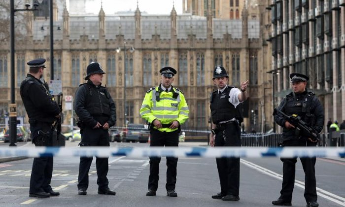 Westminster assault: Metropolitan Police make arrests in London and Birmingham in connection with attack