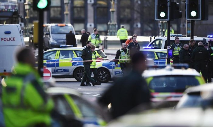 Restaurant owner speaks to Paul Ross about his efforts to help emergency services after Westminster attack