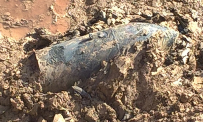 Bomb disposal teams working to remove WW2 explosive found in