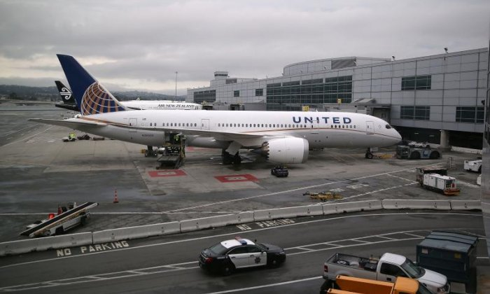 United Airlines passenger who was dragged off flight pursues legal action