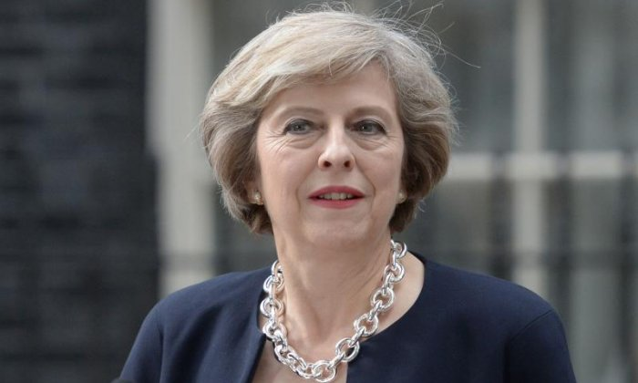 'Theresa May's Government is as strong and stable as the San Andreas Fault' - Twitter blasts Theresa May over last PMQs performance before election