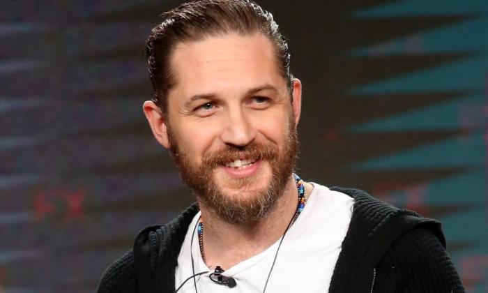 'This is what you call a badass legend' - Tom Hardy chases down a thief in London