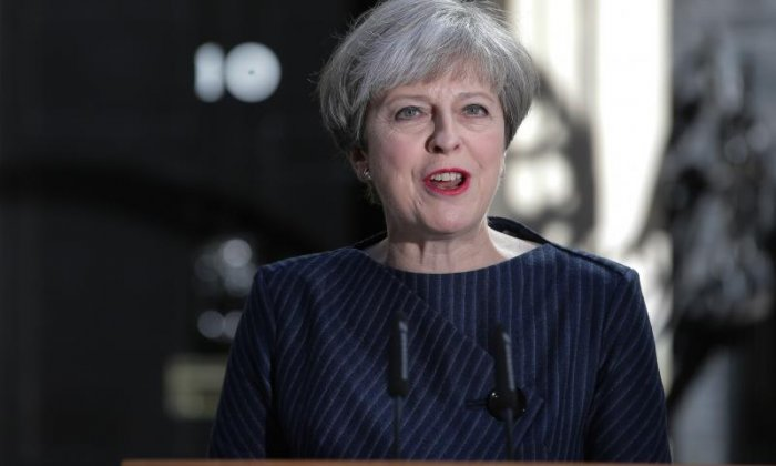 'Theresa May doesn't want to take unnecessary risks about Brexit', says commentator John Rentoul