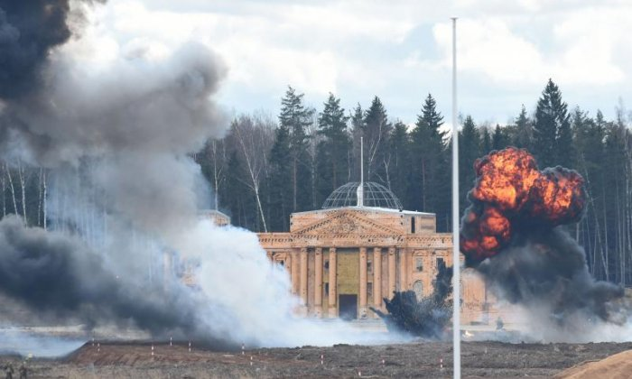 Re-enactment of Reichstag storming takes place at 'military Disneyland' in Russia