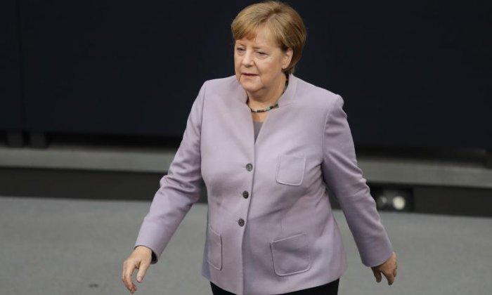 'Angela Merkel's Brexit comments on UK politicians are actually beneficial for Theresa May', says political editor