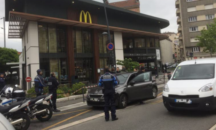 BREAKING: Explosion at McDonald's restaurant in France