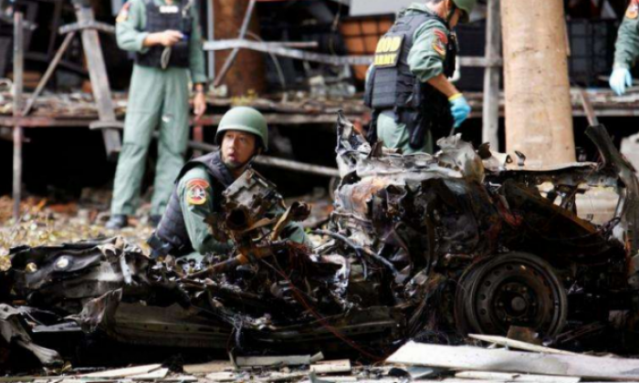 Bomb wounds 20 at supermarket in southern Thailand