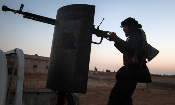 Syrian Army liberates oil field as Raqqa offensive on Isis begins in earnest