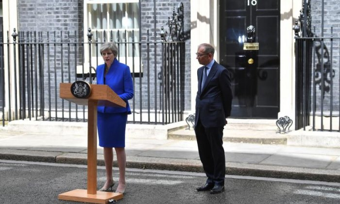 Election 2017: Theresa May 'confident' Tories can work with DUP for UK interests