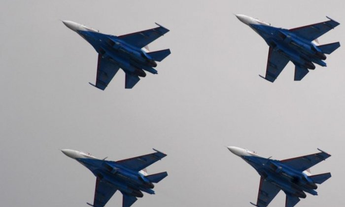 Russian jet 'flies 5ft from' USA spy plane over Baltic Sea