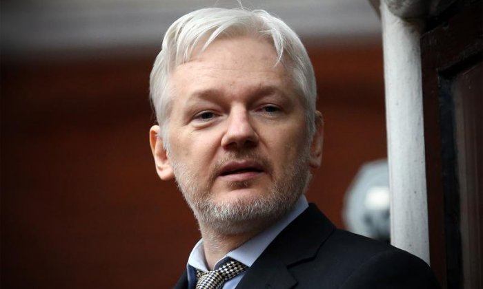 Julian Assange reportedly considering offer to host US radio show