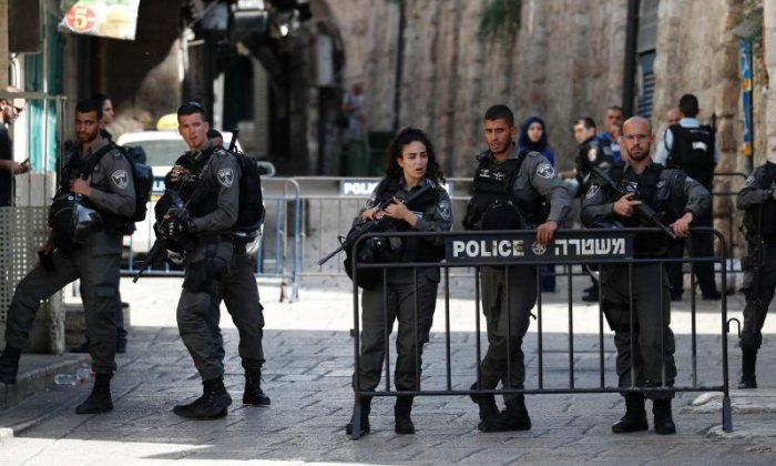 Two Israeli policemen killed as Palestinian gunmen open fire near mosque in Jerusalem