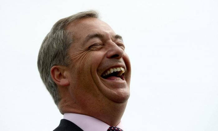 Nigel Farage got some rather funny deadline day messages this afternoon