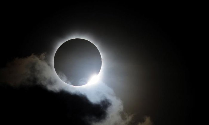 'Excited for the experience' - Twitter users post funny memes and opinions about the solar eclipse